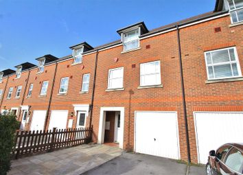 4 bed property for sale in White Lodge Close, Isleworth TW7