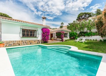 Thumbnail 3 bed villa for sale in San Pedro De Alcántara, Málaga, Andalusia, Spain