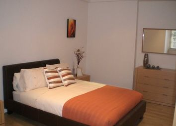 Thumbnail 1 bed flat to rent in Ramsay Garden, Old Town, Edinburgh