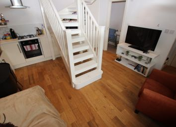 Thumbnail 1 bed flat to rent in Simmonds Street, Flat 6, Reading