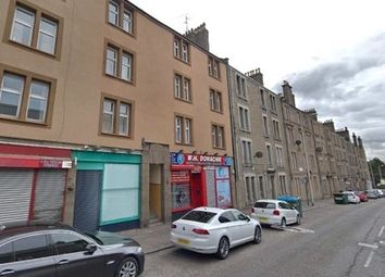 2 bed flat to rent in Strathmartine Road, Strathmartine, Dundee DD3