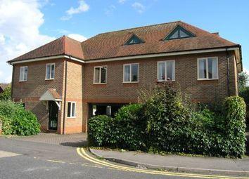 Thumbnail 1 bed flat to rent in Liston Road, Marlow