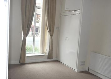 Thumbnail 1 bedroom flat for sale in West Park House, Spring Bank, Hull