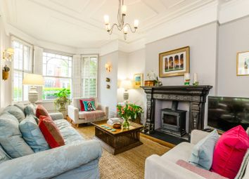 Thumbnail 2 bed flat to rent in Alexandra Park Road, Muswell Hill