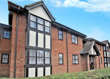Thumbnail 1 bed flat to rent in Hardwick Crescent, Dartford