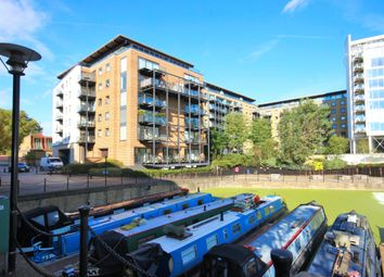 Thumbnail 2 bed flat to rent in Branch Rd, Limehouse
