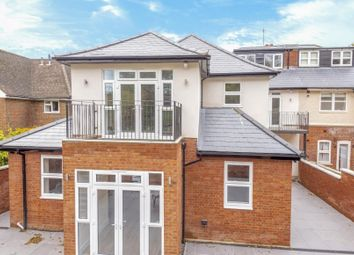 Thumbnail Studio to rent in Amersham Hill, High Wycombe