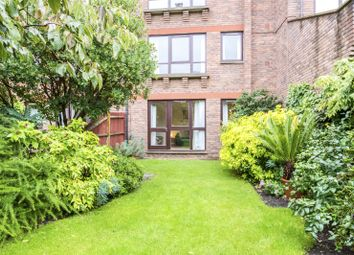 Thumbnail 2 bedroom flat to rent in Maltings Place, Fulham, London