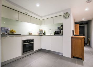 Thumbnail 1 bedroom flat for sale in Lake Shore Drive, Bristol