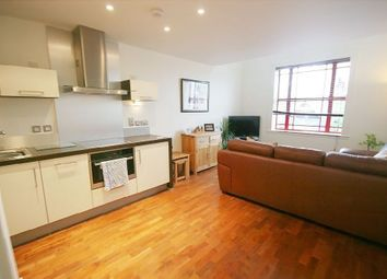 Thumbnail 1 bed flat to rent in E5