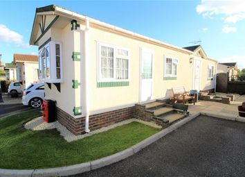 Thumbnail 2 Bed Mobile Park Home For Sale In Langley Common Road Barkham