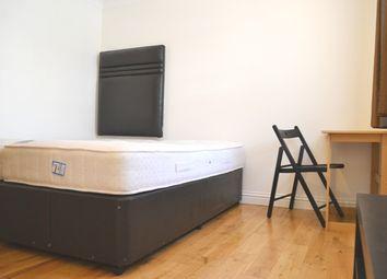 Thumbnail Studio to rent in Cheniston Garden, High Street Kensington, London