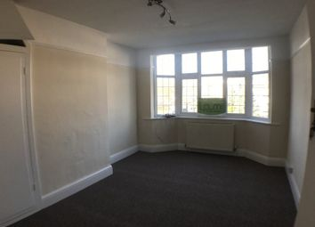 Thumbnail 3 bed flat to rent in Bradmore Green, Brookmans Park, Hatfield