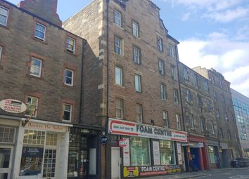 3 bed flat to rent in Causewayside, Newington, Edinburgh EH9