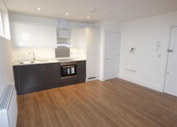 Thumbnail 1 bedroom flat to rent in Lower Stone Street, Maidstone