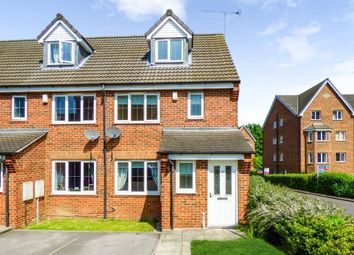 Thumbnail 3 bedroom property to rent in Fairfax Drive, Pontefract