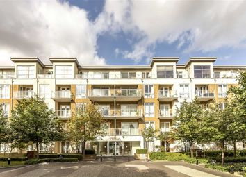 Thumbnail 2 bed flat for sale in Melliss Avenue, Kew, Richmond