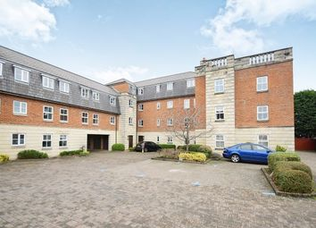 Thumbnail 2 bedroom flat to rent in Marlborough Road, Swindon