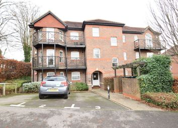 Thumbnail 1 bed flat to rent in Shrubbery Close, High Wycombe