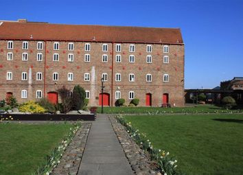 Thumbnail 2 bed flat to rent in Pease Court, High Street, Hull
