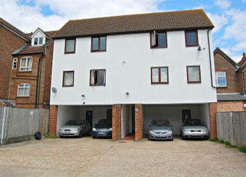 Thumbnail 1 bed flat to rent in Charles Street, Petersfield