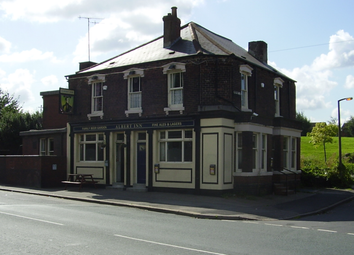 Thumbnail Pub/bar for sale in Freehold Darnall Road, Tinsley, Sheffield