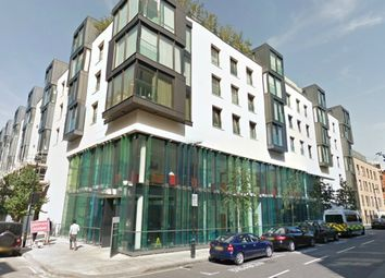 Thumbnail 2 bed flat to rent in Greenwell Street, London