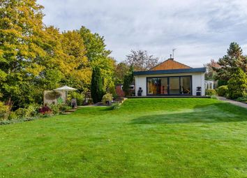 Thumbnail 3 bed bungalow for sale in 7 Brookside, Cradley, Malvern