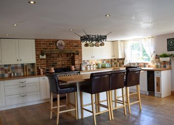 Thumbnail 2 bed mobile/park home for sale in Northfields Lane, Westergate, Chichester, West Sussex
