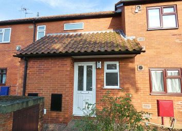 Thumbnail 2 bedroom maisonette to rent in Birkdale, Lincoln