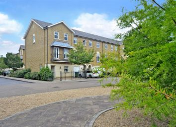 Williams Grove, Long Ditton, Surbiton KT6. 4 bed end terrace house