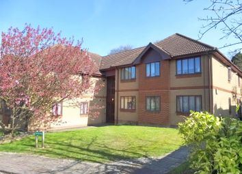 Thumbnail 2 bedroom flat for sale in Woolsgrove Court, Shaftesbury Way, Royston