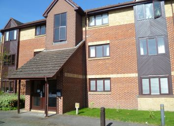 Thumbnail 1 bedroom flat to rent in Rossignol Gardens, Carshalton