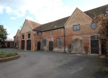 Thumbnail 1 bed property to rent in West Drive, Hurst, Reading
