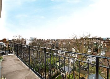 1 bed flat for sale in Elm Park Road, Chelsea, London SW3