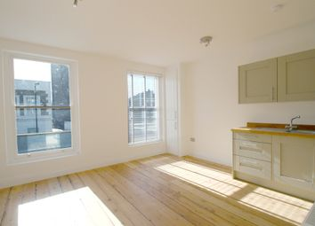 Thumbnail 1 bed flat to rent in 123 Richmond Road (C), Hackney, London