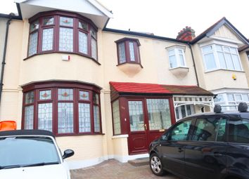 Thumbnail 1 bedroom flat to rent in Ilford, Essex