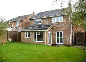 Thumbnail 4 bed property to rent in Lakeside, Tring