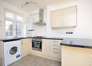 Thumbnail 2 bed flat to rent in Ranelagh Gardens, Hurlingham, London