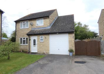 Thumbnail 4 bed detached house to rent in Foxcroft Drive, Carterton, Oxon