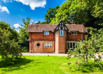 Thumbnail 3 bedroom detached house to rent in Winloed Cottage, Pangbourne On Thames
