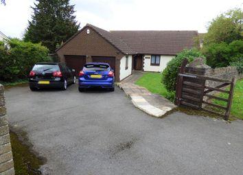 Woodend Road, Coalpit Heath, Bristol, Gloucestershire BS36. 3 bed detached bungalow