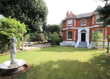 Thumbnail 4 bed detached house to rent in London Road, Twyford, Reading, Berkshire