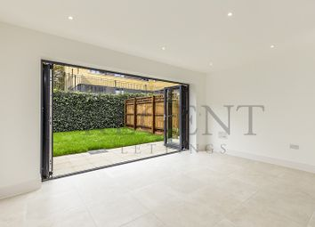 Thumbnail 4 bed property to rent in Putney