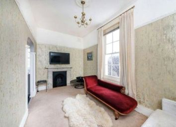 Thumbnail 1 bed flat for sale in Clapham Court Terrace, Kings Avenue, London