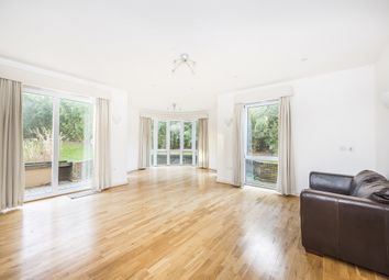 Thumbnail 2 bed flat to rent in Melliss Avenue, Kew, Richmond