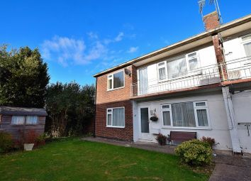 Thumbnail 2 bed maisonette for sale in Oakwell Close, Dunstable