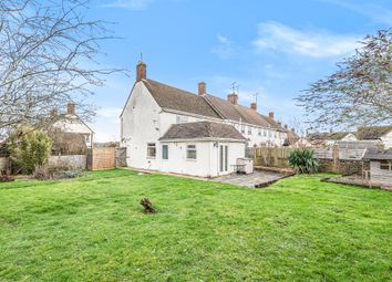 3 bed end terrace house for sale in Marlborough Gardens, Faringdon SN7