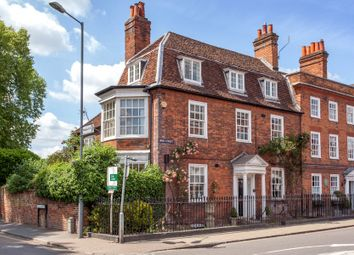 Thumbnail 5 bed end terrace house to rent in High Street, Marlow, Buckinghamshire
