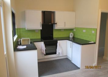 Thumbnail 3 bedroom town house to rent in Ashwell Road, Hartshill, Stoke-On-Trent